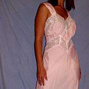 Vintage 1940 Erica Lingerie Pink Lacey Nightgown size 34/36 medium Bur mil
