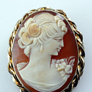 SALE Vintage Shell Cameo Brooch Pendant with Gold Filled Frame Signed Van Dell
