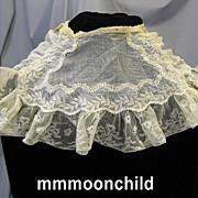 B1287 Antique lace collar Civil War era Pelerine