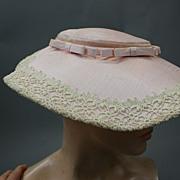 Vintage hat 1950s Spring hat w lace trim  Pink