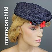 Vintage hat 1940s beret w tilt band straw navy w red