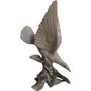 Lladro 'Turtle Dove' 4550