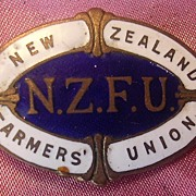 Rare New Zealand Farmers Union Membership Badge