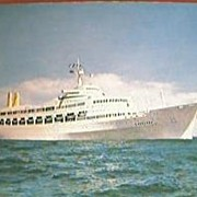 S.S. Canberra Shipping Line Postcard 1965