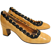 1970s Mod Mustard Patent Leather Pumps size 8