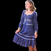 SALE 1970s Blue Cotton Floral Prairie Gunne Sax Dress S/M