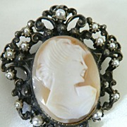 SALE Vintage Shell Cameo & Faux Seed Pearl Cameo Pendant Brooch
