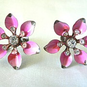 1950's Pink Star Flower  Rhinestone & Enameled Screw Earrings