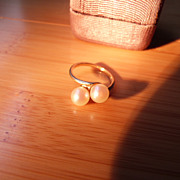 Vintage 14K Yellow Gold Ring with Two Genuine Pearls