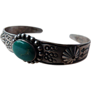 Vintage Native American Sterling Silver Bracelet with Turquoise