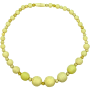 1940's Ribbed Ivory Colored Beads Necklace Early Plastic