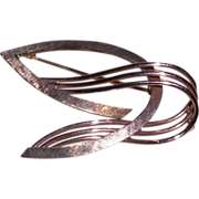 REDUCED Pin Brooch of Graceful Wings of 14Kt Yellow Gold