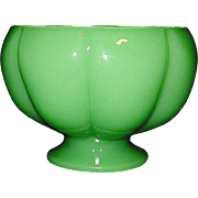 Vintage Fenton Jadeite Art Glass Melon Bowl