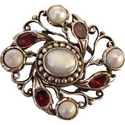 Incredibly RARE Antique 1860-1880 Quahog Pearl & Single Cut Garnet Silver Victorian Brooch !