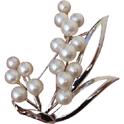 SALE Lovely Japanese Akoya Cultured Pearls & Sterling Vintage Brooch !