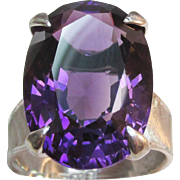 SALE Exquisite 14.70 ct Amethyst 18K White Gold Vintage Ring