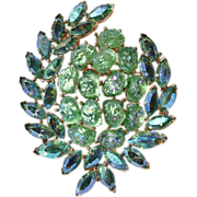 "Trifari Etoile PIN-Circa 1961-""Nuggets of Pure Light""-Triumph in Pastel Green"