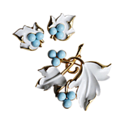 SALE Sarah Coventry-Placid Beauty Set-Clip Earrings & Pin-Leaf Motif