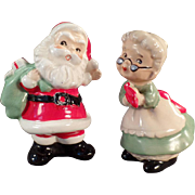 Vintage, Santa & Mrs. Claus Salt & Pepper Set