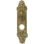 Yale & Towne Louis XV door knob set