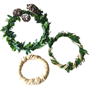 Three Miniature Dollhouse Wreaths / Holiday Wreaths / Pine Cone Wreath / Miniature Holiday Dec