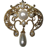 Art Nouveau Style Pin Simulated Pearls Diamond Rhinestones LARGE Gold Tone Brooch