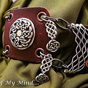 SOLD Celtic Knot ~ Out of My Mind Cuff