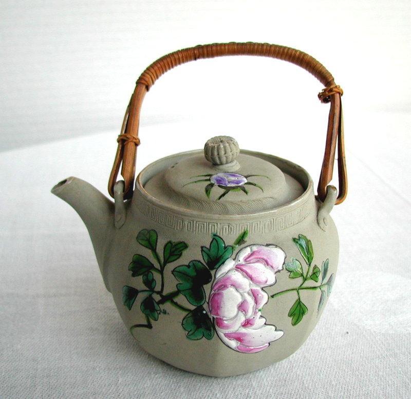 Banko Teapot Pivoting Finial Antique Japanese Pottery