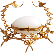 A Stunning 1860 Antique French Palais Royal Paris White Opaline Glass  Jewellery Egg