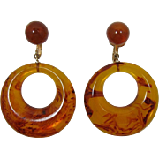 Trifari Tortoise Swirled Amber Thermoplastic Dangling Hoop Earrings
