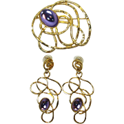 "Avon ""Golden Web"" Brooch and Earrings with Bright Orchid Purple Cabochons - Book Pie"