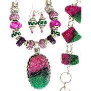 SALE 3 Piece Set-Fuchsia Druzy, Murano Style Bead Necklace/Earrings with Druzy Bracelet