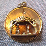 SALE 14K Gold Christmas Charm / Pendant  - Nativity Scene