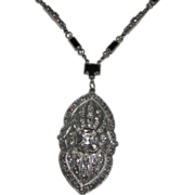SALE Art Deco Rhinestone Pendant Necklace