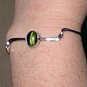 SALE Modern Silver Bracelet with Green Cats Eye Stone
