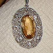 Lovely Pendant Necklace Glass Pale Topaz Silver