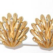 Vintage Trifari Sale Clip Earrings