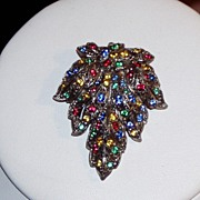 SALE Bright Vintage Dress Clip Leaf Design