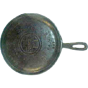 """Griswold Large Logo Round 7"""" Cast Iron Griddle 607"""
