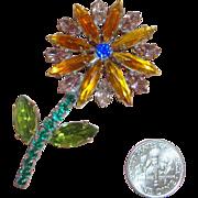 SALE NICE PRICE!  Charming Old Rhinestone Flower Brooch