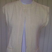 SALE 1970s Off White Sleeveless Sweater Vest - Maas Brothers