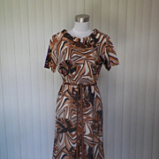 1960s Brown, White, Tan & Black Shift Dress