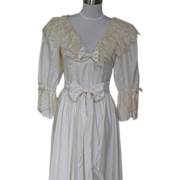 1980s Vintage  Ivory and Lace Formal Dress or Wedding Dress