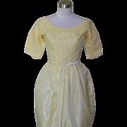 1950s Vintage Yellow Lace & Taffeta Type Cocktail Dress / Bridesmaids / Prom