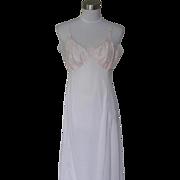 1960s Vintage Pale Pink Nylon Slip