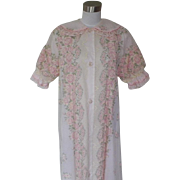 1950s Vintage Pink Floral Flocked Robe