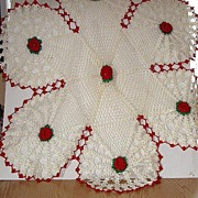 REDUCED Vintage Exquisitely Hand Crocheted Six Lobed Table Cloth Red & Green Floral Doily 29""