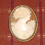 Victorian Carved Shell Cameo Pin - Pendant