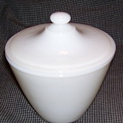 """Anchor Hocking Fire King """" Ivory """" Grease Jar"""
