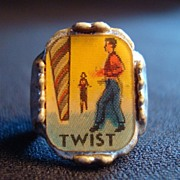 Vintage Twist Dance Flicker Ring